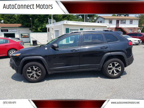 2014 Jeep Cherokee for sale at AutoConnect Motors in Kenvil NJ