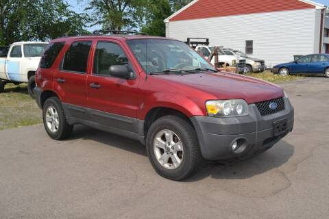 2007 Ford Escape for sale at Dave's Auto Sales in Winthrop MN