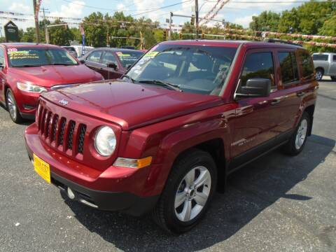 2014 Jeep Patriot for sale at River City Auto Sales in Cottage Hills IL