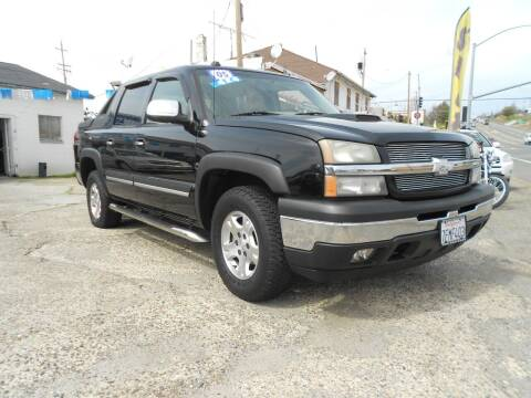 2005 Chevrolet Avalanche for sale at Mountain Auto in Jackson CA
