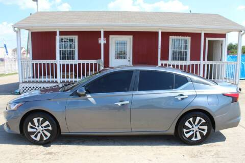 2020 Nissan Altima for sale at AMT AUTO SALES LLC in Houston TX