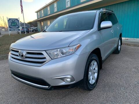2012 Toyota Highlander for sale at Mutual Motors in Hyannis MA