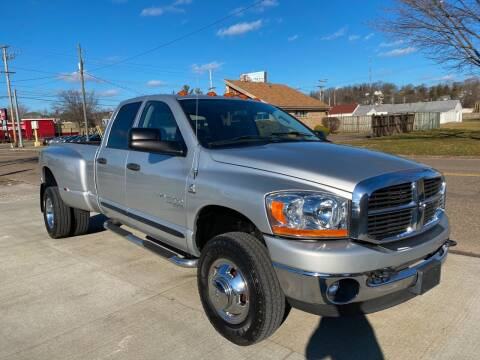 2006 Dodge Ram Pickup 3500 for sale at Dalton George Automotive in Marietta OH