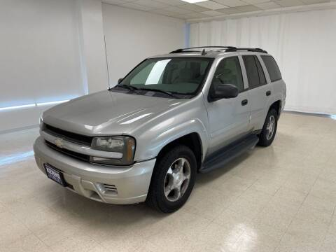2007 Chevrolet TrailBlazer for sale at Kerns Ford Lincoln in Celina OH