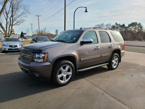 2014 Chevrolet Tahoe for sale at Premier Motors LLC in Crystal MN