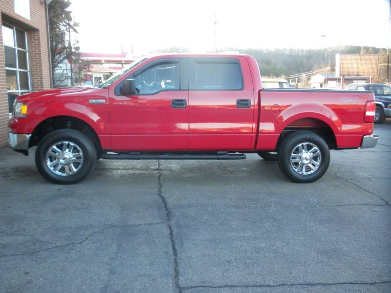 2006 Ford F-150 for sale at D & B Auto Sales & Service in Martinsville VA