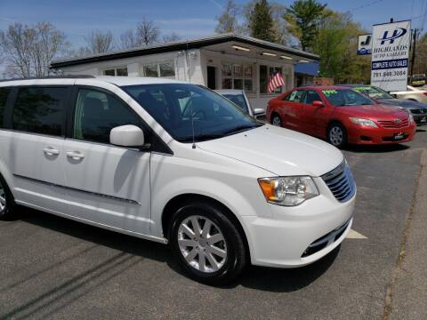 2014 Chrysler Town and Country for sale at Highlands Auto Gallery in Braintree MA