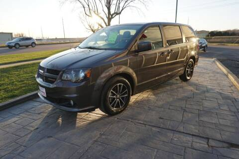 2019 Dodge Grand Caravan for sale at Ideal Wheels in Sioux City IA