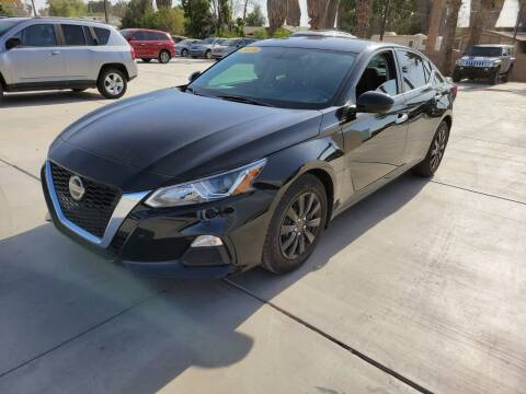 2019 Nissan Altima for sale at A AND A AUTO SALES in Gadsden AZ