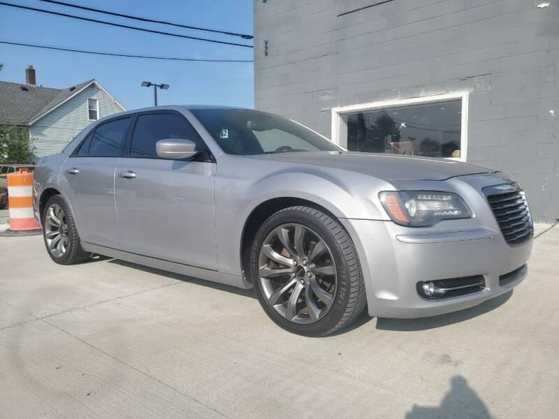 2014 Chrysler 300 for sale at NUMBER 1 CAR COMPANY in Detroit MI