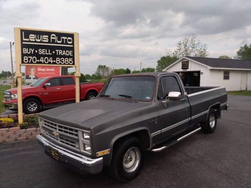 1986 Chevrolet C/K 10 Series for sale at LEWIS AUTO in Mountain Home AR