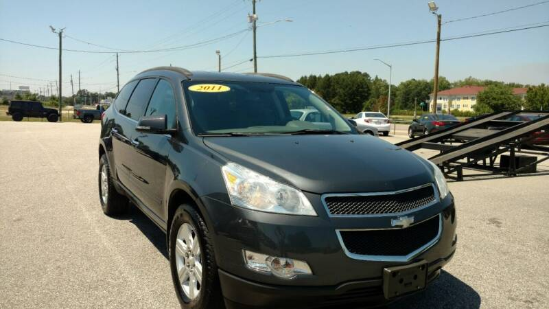 2010 Chevrolet Traverse for sale at Kelly & Kelly Supermarket of Cars in Fayetteville NC