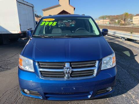 2010 Dodge Grand Caravan for sale at Discovery Auto Sales in New Lenox IL