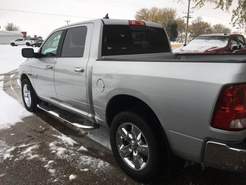 2017 RAM Ram Pickup 1500 4x4 Big Horn 4dr Crew Cab 5.5 ft. SB Pickup - Rugby ND
