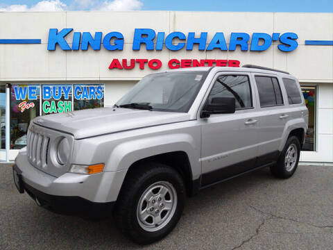 2014 Jeep Patriot for sale at KING RICHARDS AUTO CENTER in East Providence RI