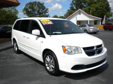 2014 Dodge Grand Caravan for sale at Houser & Son Auto Sales in Blountville TN