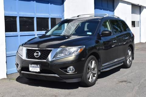 2015 Nissan Pathfinder for sale at IdealCarsUSA.com in East Windsor NJ