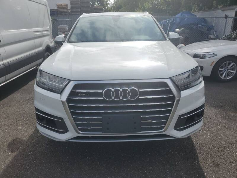 2017 Audi Q7 for sale at OFIER AUTO SALES in Freeport NY