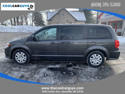 2017 Dodge Grand Caravan for sale at Cool Car Guys in Janesville WI