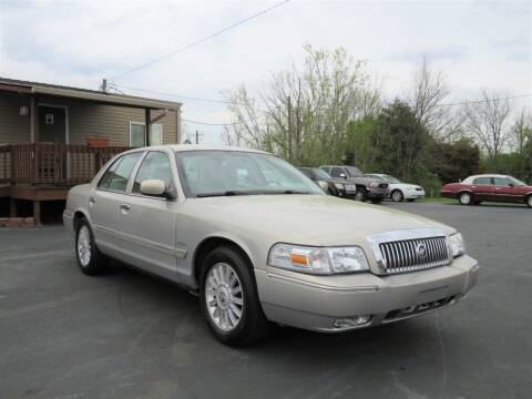 2010 Mercury Grand Marquis for sale at Sevierville Autobrokers LLC in Sevierville TN