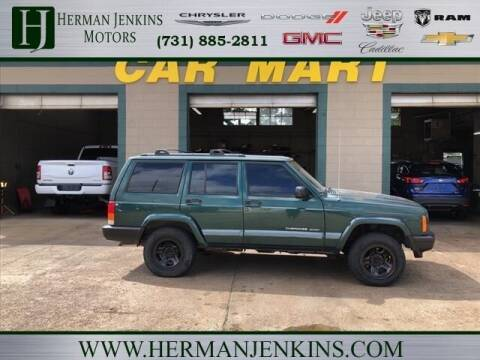 1999 Jeep Cherokee for sale at CAR MART in Union City TN