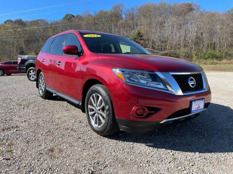2014 Nissan Pathfinder for sale at Court House Cars, LLC in Chillicothe OH