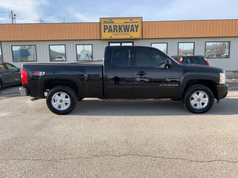 2008 Chevrolet Silverado 1500 for sale at Parkway Motors in Springfield IL
