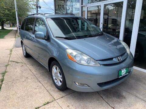 2006 Toyota Sienna for sale at Peninsula Motor Vehicle Group in Oakville Ontario NY