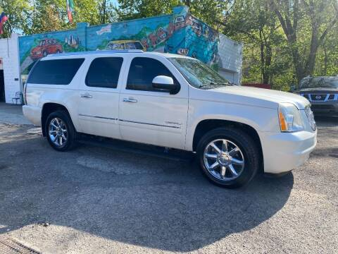 2011 GMC Yukon XL for sale at Showcase Motors in Pittsburgh PA