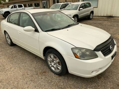 2005 Nissan Altima for sale at Truck City Inc in Des Moines IA