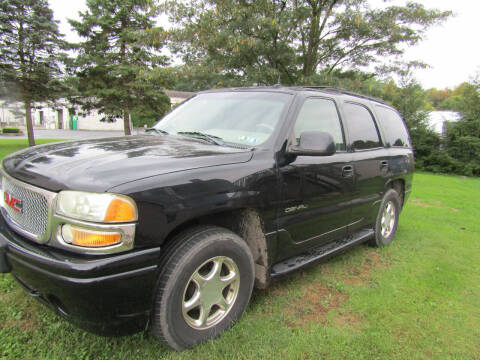 2002 GMC Yukon for sale at Your Next Auto in Elizabethtown PA