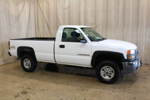 2005 GMC Sierra 2500HD for sale at Autoland Outlets Of Byron in Byron IL
