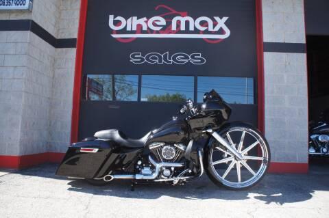 2013 Harley Davidson Road Glide for sale at BIKEMAX, LLC in Palos Hills IL