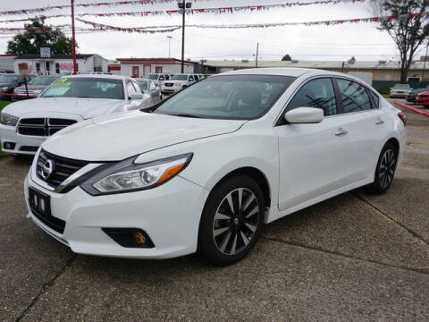 2018 Nissan Altima for sale at BLUE RIBBON MOTORS in Baton Rouge LA