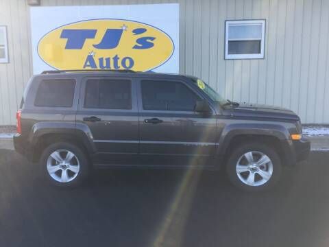 2016 Jeep Patriot for sale at TJ's Auto in Wisconsin Rapids WI