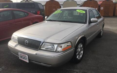 2004 Mercury Grand Marquis for sale at Siskiyou Auto Sales in Yreka CA