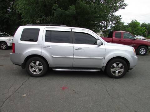 2009 Honda Pilot for sale at Nutmeg Auto Wholesalers Inc in East Hartford CT