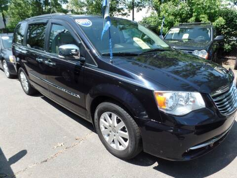 2011 Chrysler Town and Country for sale at CAR CORNER RETAIL SALES in Manchester CT