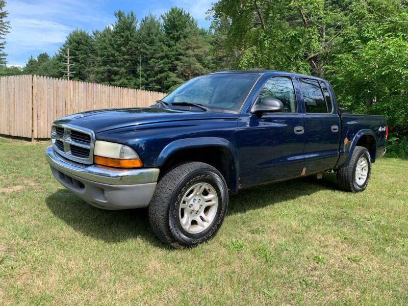 2004 Dodge Dakota for sale at CARS R US in Caro MI