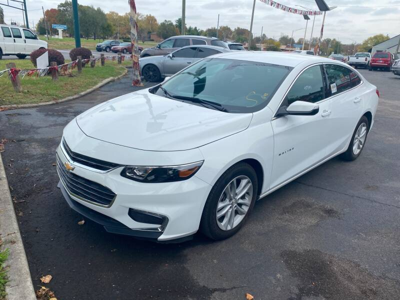 2018 Chevrolet Malibu for sale at Right Place Auto Sales in Indianapolis IN