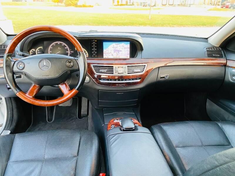 2008 Mercedes-Benz S-Class AWD S 550 4MATIC 4dr Sedan - Saint Francis WI