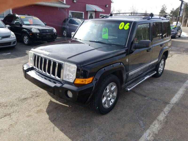 2006 Jeep Commander for sale at Hwy 13 Motors in Wisconsin Dells WI