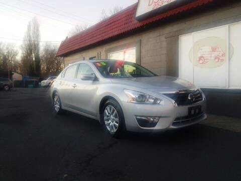 2013 Nissan Altima for sale at Bonney Lake Used Cars in Puyallup WA