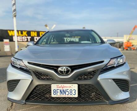 2018 Toyota Camry for sale at Global Auto Group in Fontana CA