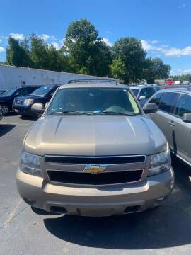 2007 Chevrolet Tahoe for sale at Whiting Motors in Plainville CT
