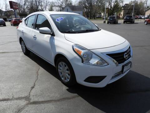 2017 Nissan Versa for sale at Grant Park Auto Sales in Rockford IL