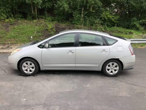 2005 Toyota Prius for sale at CHRIS AUTO SALES in Cincinnati OH