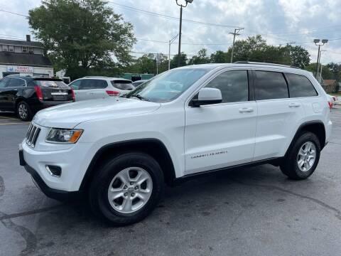 2015 Jeep Grand Cherokee for sale at Aurora Auto Center Inc in Aurora IL