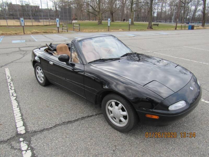 1993 Mazda MX-5 Miata for sale at International Motor Group LLC in Hasbrouck Heights NJ