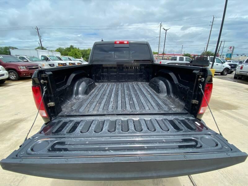 2015 RAM Ram Pickup 1500 4x2 Big Horn 4dr Crew Cab 5.5 ft. SB Pickup - Houston TX